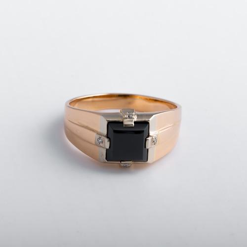 Золотая печатка с фианитом чорным. К1297