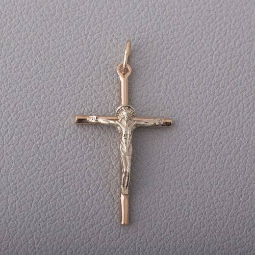 Золотой крестик с распятием. П411