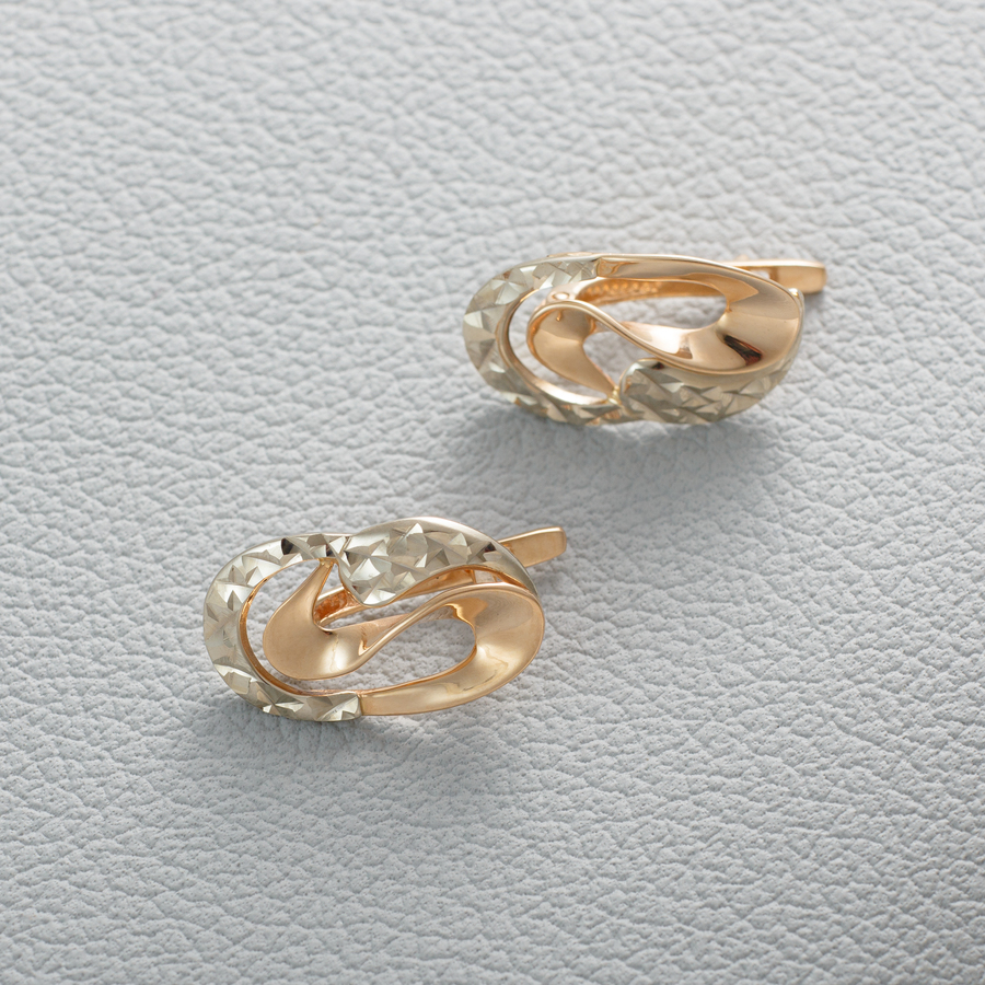 Золотые серьги без камней с алмазной гранью Г20274А