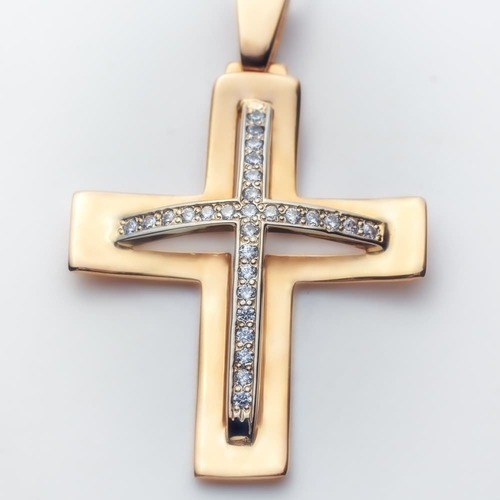 Золотой крестик с фианитами. П03007