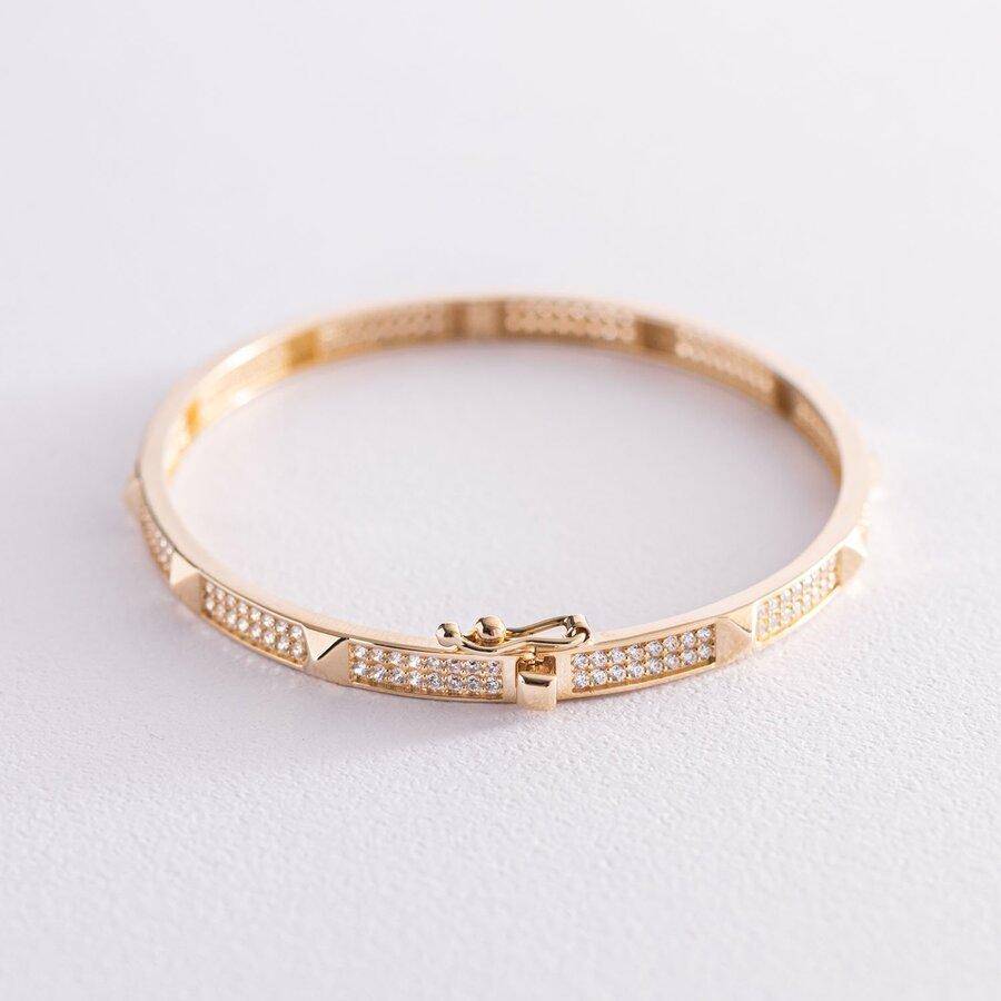 Жесткий браслет в желтом золоте (фианиты) б04750