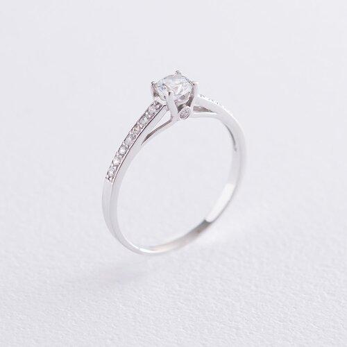 Золотое помолвочное кольцо с фианитами к05983
