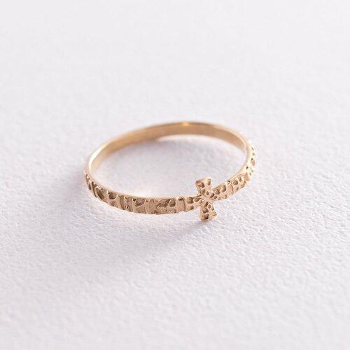 Золотое кольцо с крестиком к05891