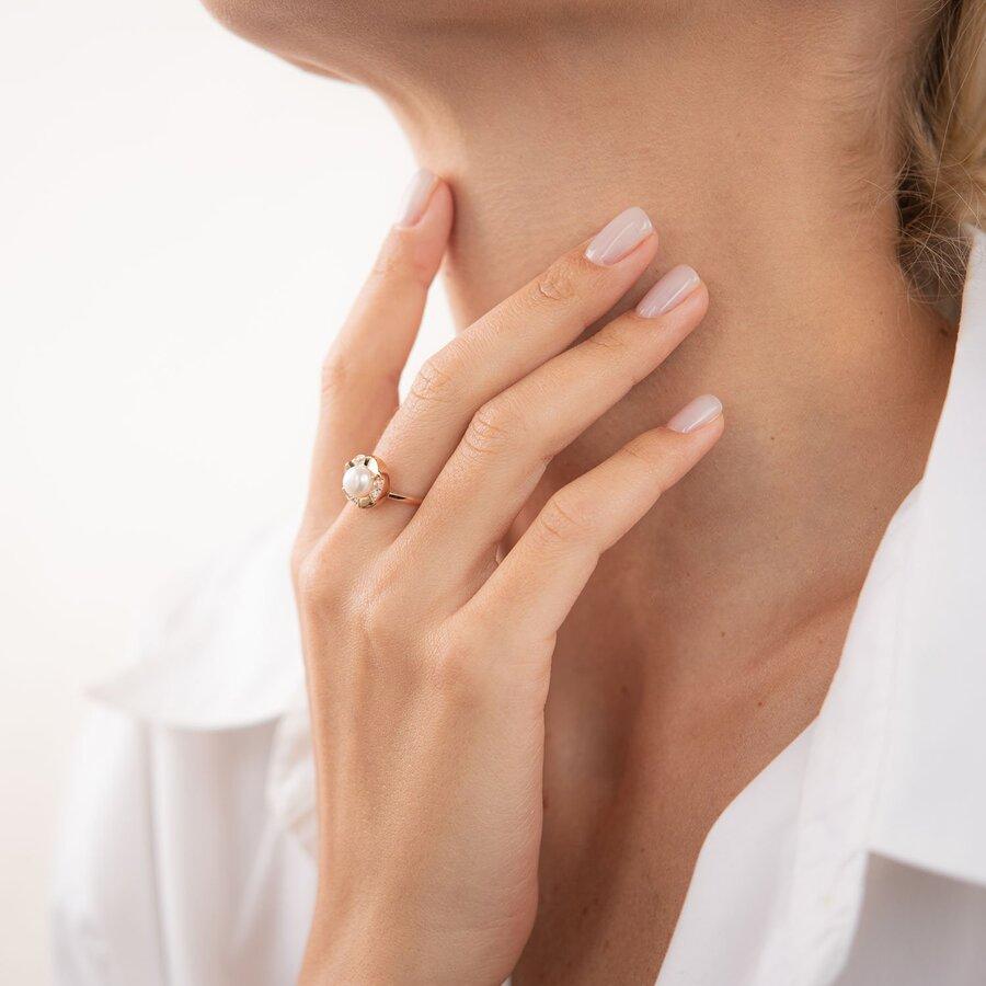 Золотое кольцо (жемчуг, фианиты) к06747