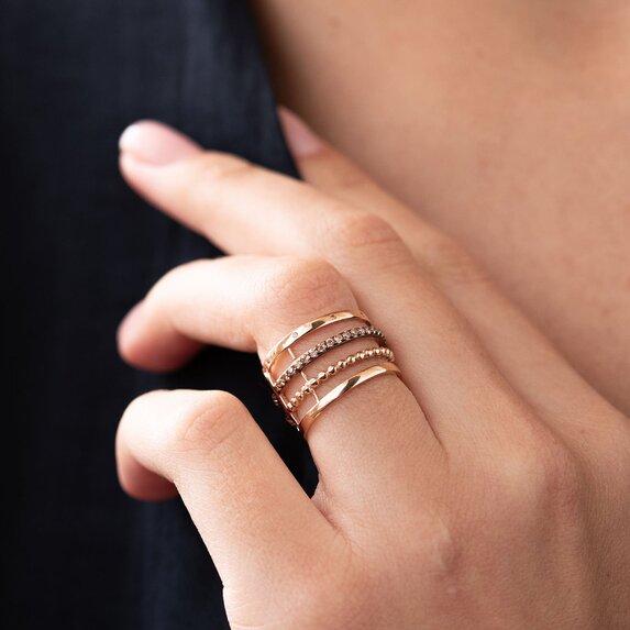 Золотое кольцо с фианитами к05868